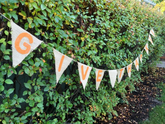 Three Whims: DIY Burlap Thanksgiving Banner