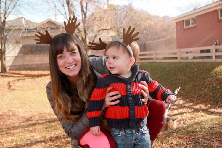 Three Whims: DIY Christmas Toddler Craft