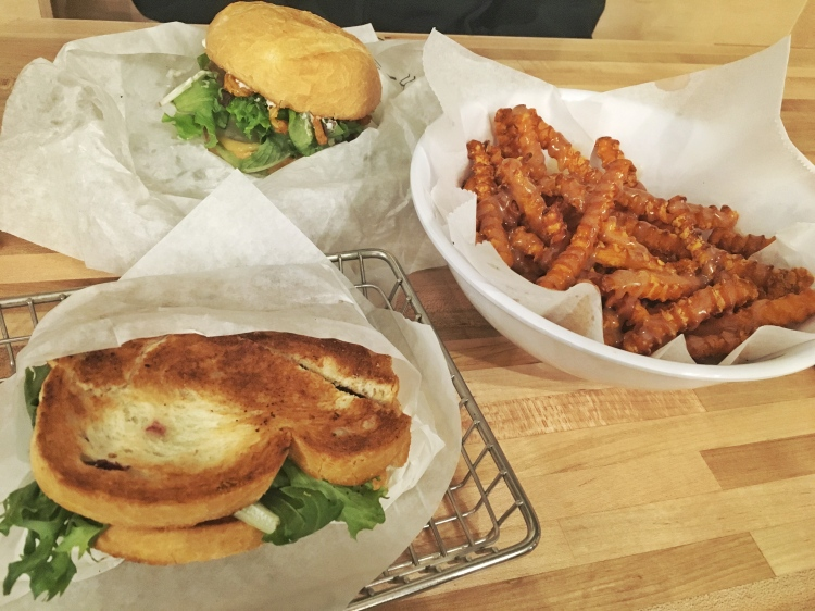 Three Whims Review: Cubby's in Sugarhouse Utah. Grilled Cheese, Sweet Potato Fries and Burger.
